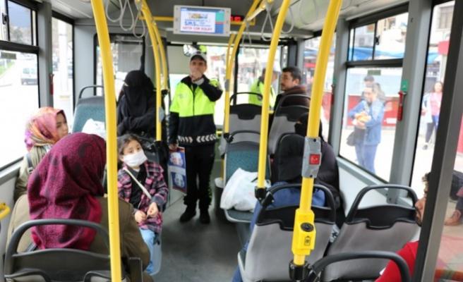 Polisten Toplu Taşımada Korona Virüs Önlemi