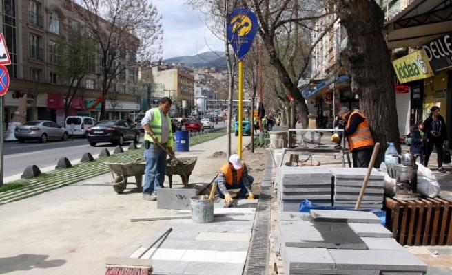 Trabzon Caddesi'nde Yeni Düzenleme Çalışması