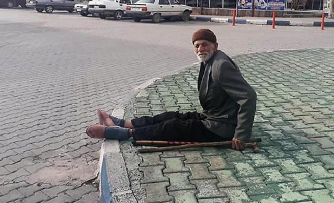 Yaşlı Adamın İmdadına Jandarma Yetişti