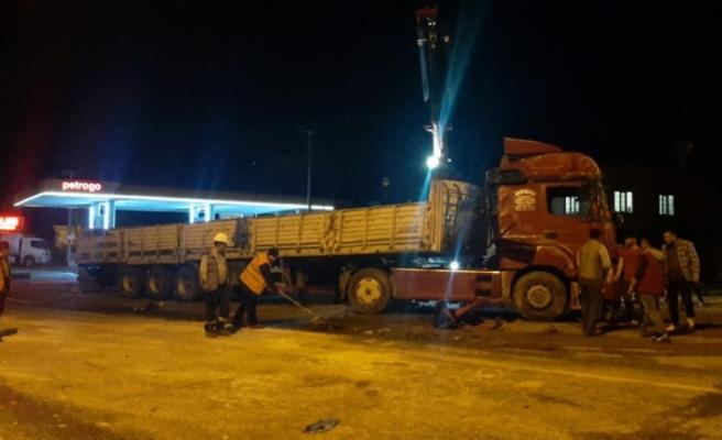 Kahramanmaraş'ta Feci Kaza! Tır Devrildi