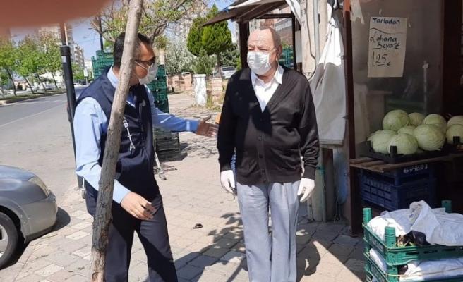 Maaş Kartını Kaybeden Amcaya Büyükşehir'den Yardım Eli