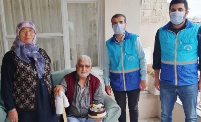 Onikişubat Belediyesi'nden Yaşlılara Doğum Günü Sürprizi