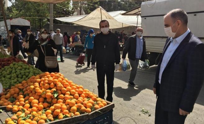 Vali Vahdettin Özkan, Çarşı - Pazar İncelemelerde Bulundu
