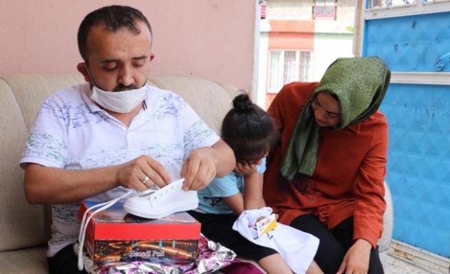 'Gönüller Bir Olsun' İsimli Yardım Grubu 50 Çocuğu Sevindirdi