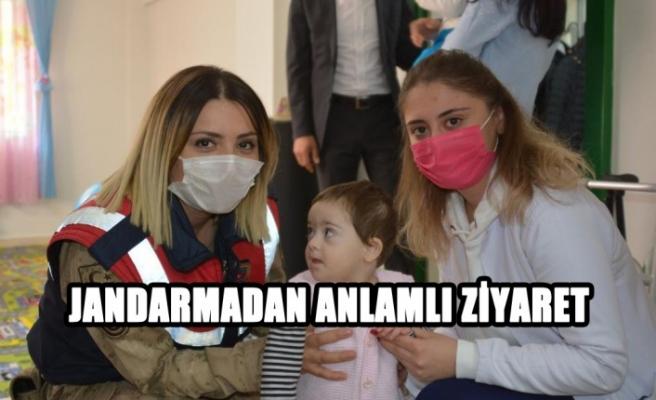 Kahramanmaraş'ta Jandarma Engelli Çocukları Ziyaret Etti