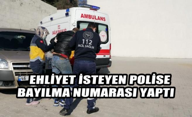Ehliyet İsteyen Polise Bayılma Numarası Yaptı