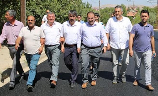 Afşin Belediyesi Asfalt Seferberliği Sürüyor