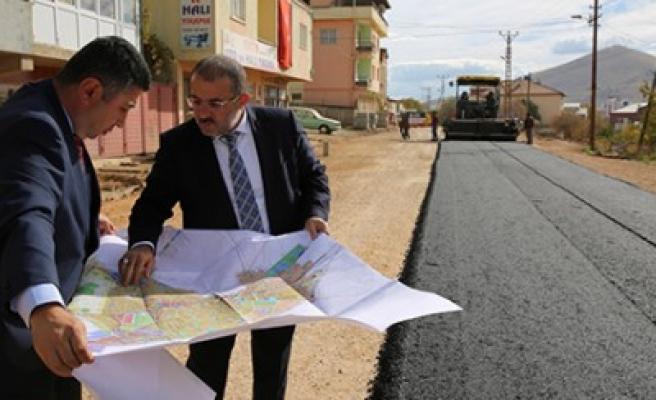 Afşin, Karşıyaka Caddesi Asfaltlandı