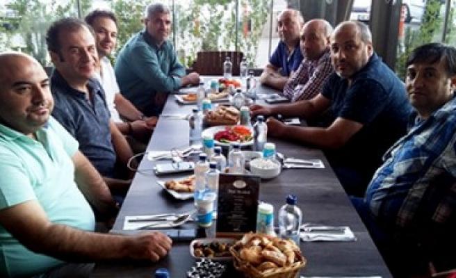 Ahmet Belli'den 500 Kişilik Kardeşlik İftarı