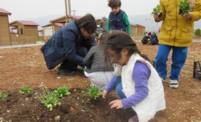 Ana Sınıfı Öğrencileri Toprakla Buluştu