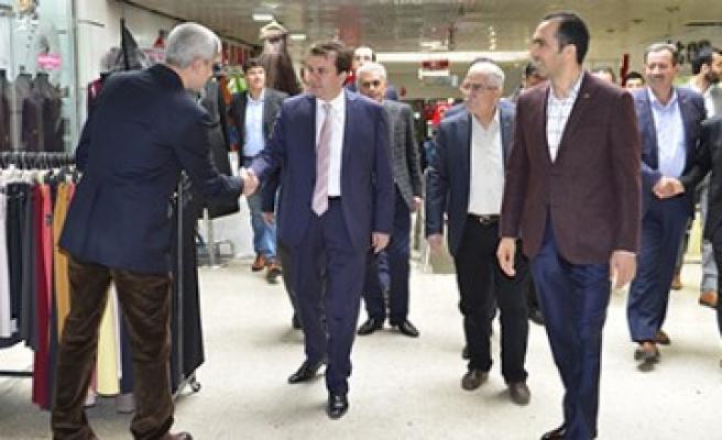 Başkan Erkoç Rıdvan Hoca Yer Altı Çarşısında