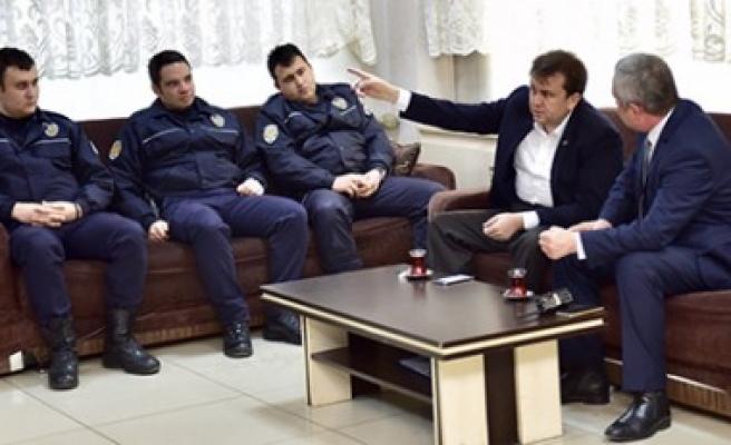 Başkan Erkoç'tan Çevik Kuvvet'e Ziyaret