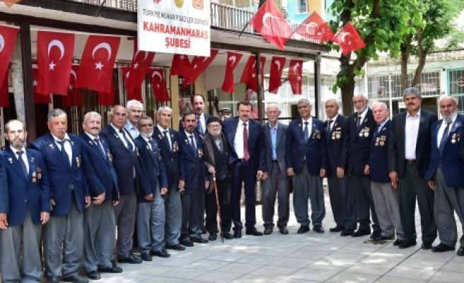 Başkan Erkoç'tan Muharip Gazilere Ziyaret