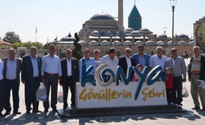 Başkan Okumuş'tan Beldiye Meclis Üyelerine Gezi