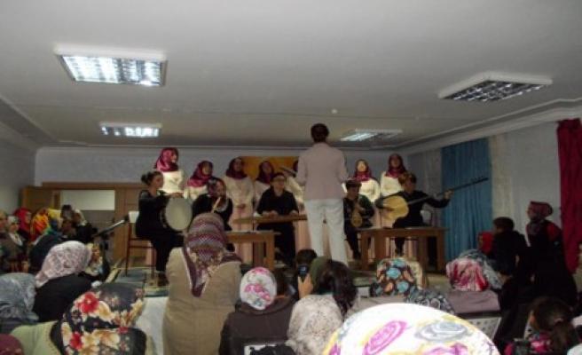 Beyoğlu'nda Kutlu Doğum Kutlandı