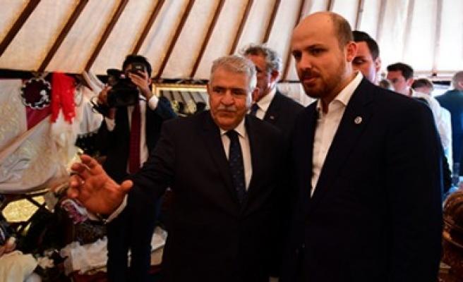 Bilal Erdoğan, Onikişubat Belediyesi Çadırını Ziyaret Etti
