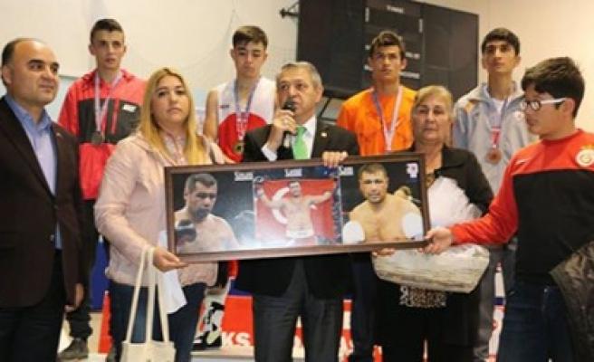 Boksörlerimiz Türkiye Şampiyonasında