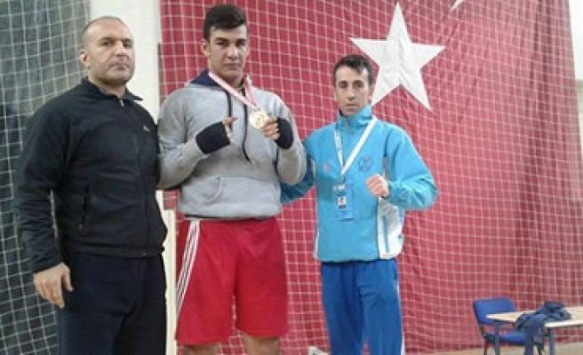 Boksta Kuzu +91 Kg Gençler Türkiye Şampiyonu