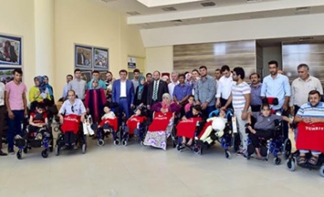 Büyükşehir Belediyesi 300 Aileyi Sevindirdi