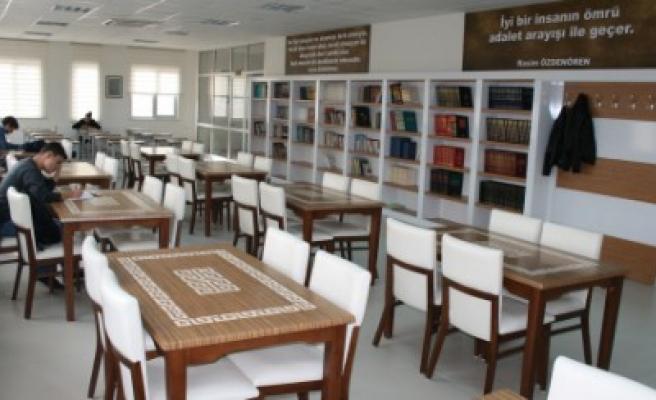 Büyükşehir Halk Kütüphanelerine 563 Bin Ziyaretçi