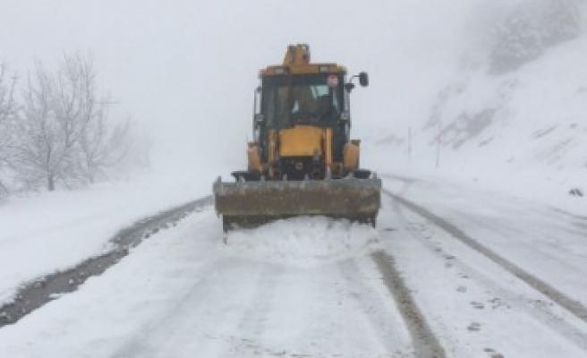 Büyükşehir İl Genelinde Kar Temizliğine Başladı