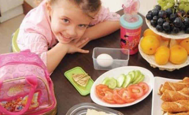 Çocuğun Beslenme Alışkanlığını Aile Belirler