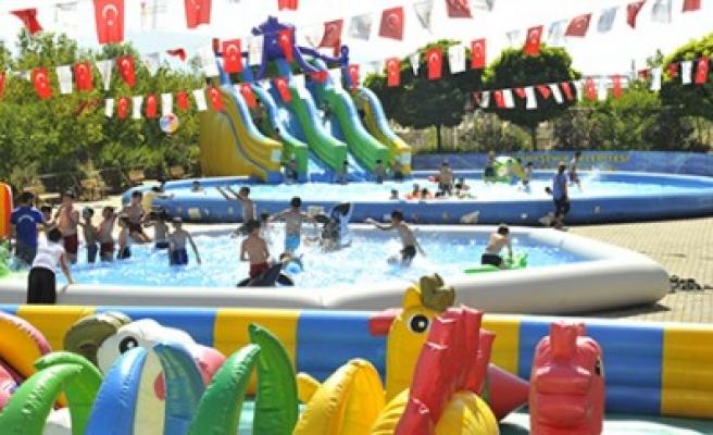 Çocuklar Havuzları Çok Sevdi