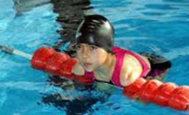 Engelli Yüzücü Sevilay'ın Büyük Başarısı