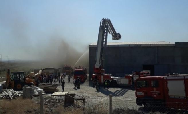 Fabrika Yangınına Başarılı Müdahale