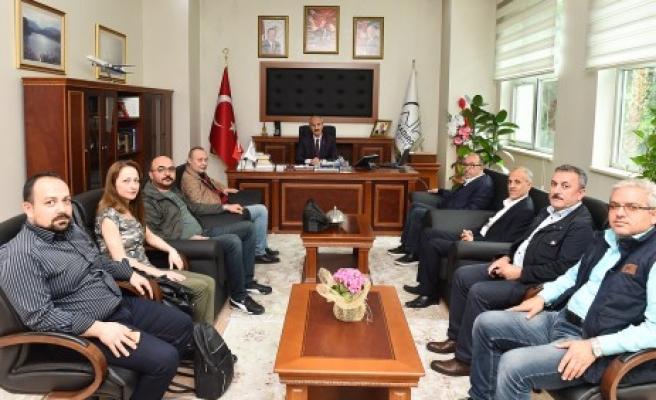 Gazetecilerden Başkan Okay'a Ziyaret