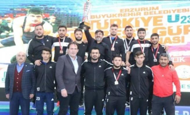 Güreşçilerimiz, Erzurum'dan 7 Madalya İle Döndü
