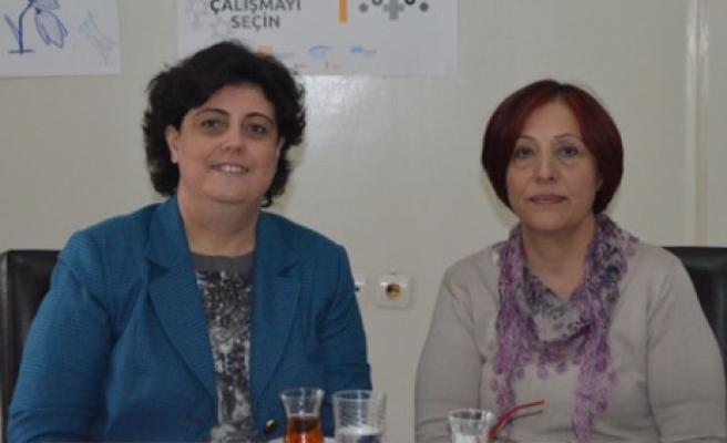 Hanımefendi Özkan'dan Kadın Platformu'na Ziyaret