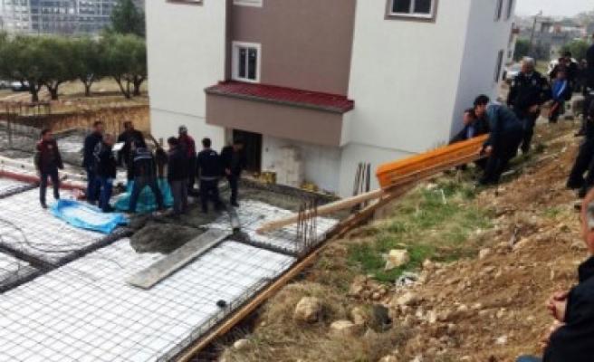 İnşaatta Feci Kaza: 1 Ölü 1 Yaralı