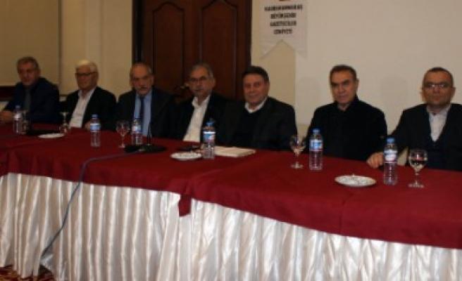 Kent Basını Çalıştay Öncesi İstişare İçin Toplandı