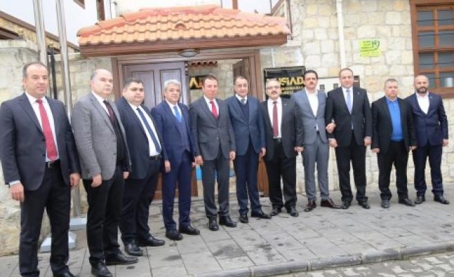 KMTSO Başkanı Zabun, MÜSİAD Yönetimi İle Bir Araya Geldi