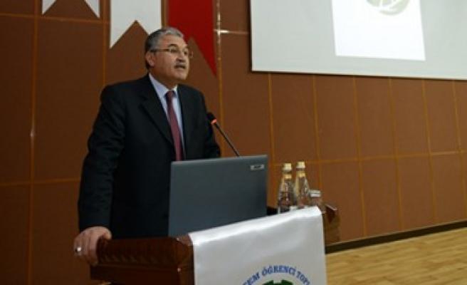 """KSÜ, Dünya Su Günü'nde """"Su ve Atıksu"""" Konulu Konferans Düzenledi"""