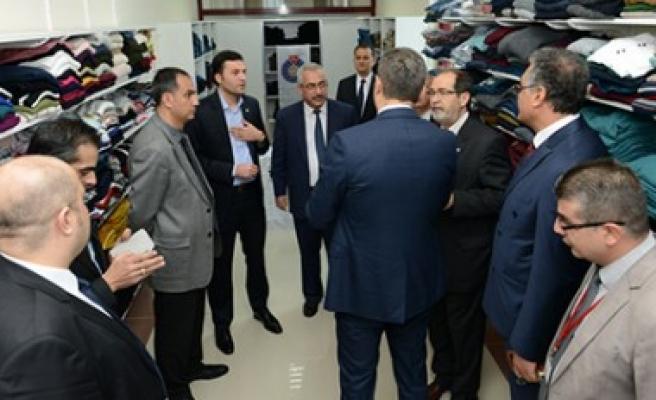 KSÜ ve Türk Kızılayı İşbirliğiyle Giysi Bankası Açıldı