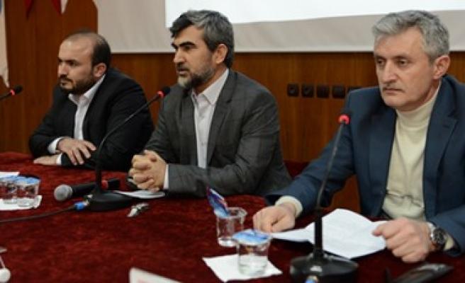 """KSÜ'de """"Kur'an'a Dair"""" Başlıklı Panel Düzenlendi"""