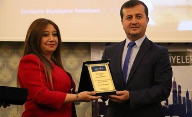 Marka Belediyeler'den Başkan Bozdağ'a Ödül