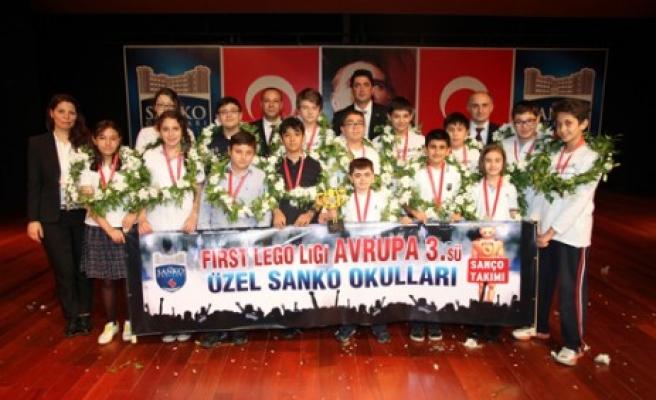 Sanko Okulları First Lego Ligi'nde Avrupa Üçüncüsü