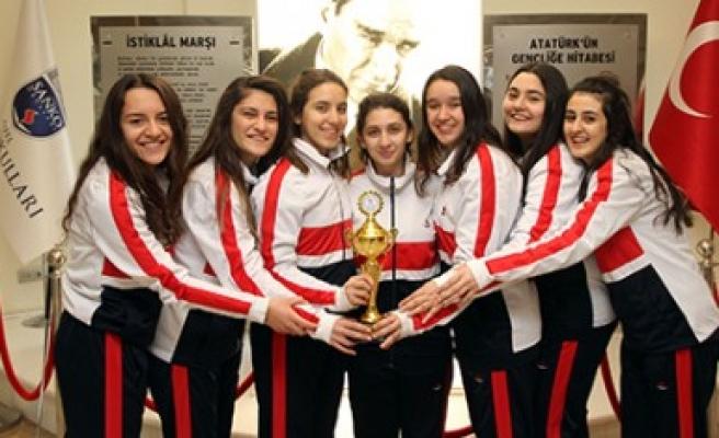 Özel Sanko Okulları Genç Kızlar Basketbol Takımı İl İkincisi Oldu