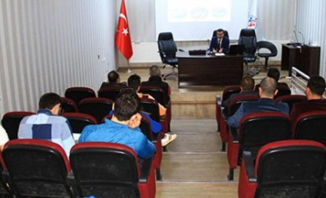 Özel Spor Tesisleri Bilgilendirme Toplantısı Yapıldı