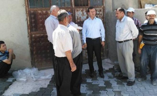 Pazarcık Belediyesi Kilit Taşı Çalışmalarını Sürdürüyor