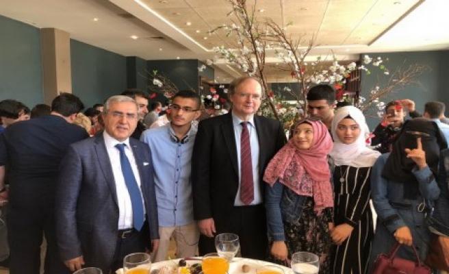 Rektör Can, Gaziantep'te Spark Bursları Ödül Törenine Katıldı