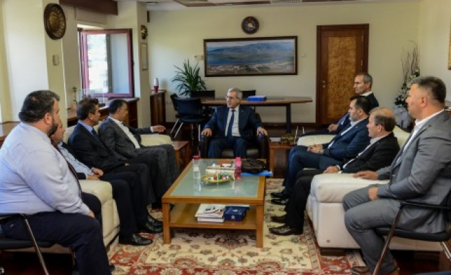 Rektör Can, Milletvekili Dilipak ve Ak Parti Teşkilatını Ağırladı