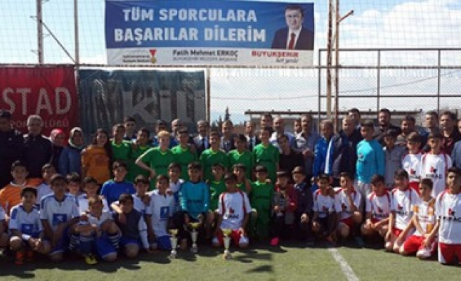 Şampiyon Hacı Bayram Veli Ortaokulu