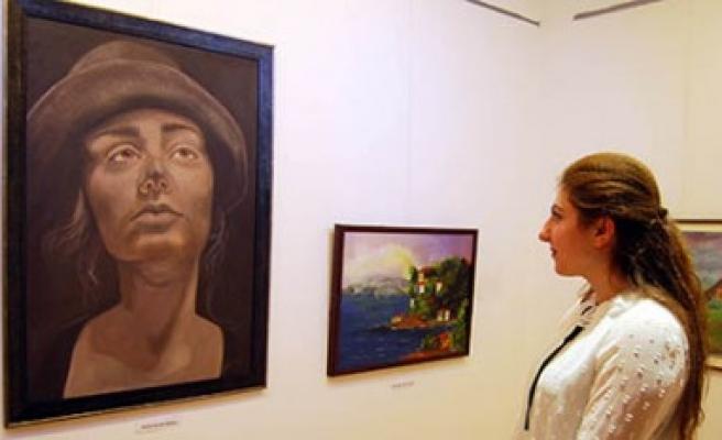 Sanko Sanat Galerisi'nde Karma Sergi