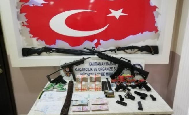 Suç Örgütlerine Operasyon; 7 Gözaltı