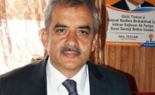 Tezcan: Cumhurbaşkanlığını Atatürk'ten Sonra Hak Eden Erdoğan'dır