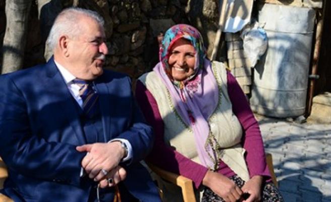 Torunlarının Eğitimi İçin Başbakandan İnek İstedi